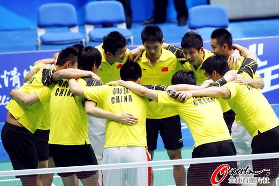 焦点战林丹胜陶菲克 中国男团3-0印尼进决赛