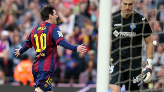 Messi social networking hot spoon penalty pupils: Messi handsome