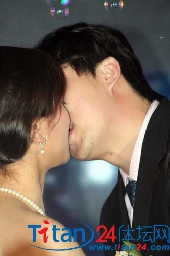 天津剑队双喜临门 王敬之:婚礼是一生的礼物