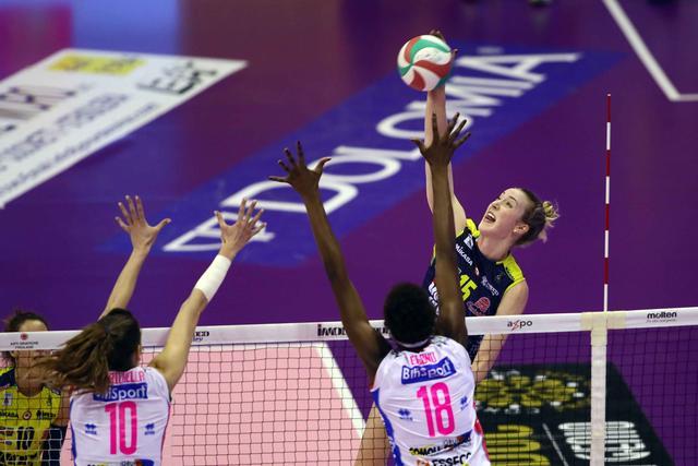 女排意甲诺瓦拉2-3惜败 科内利亚诺决赛暂追平1-1