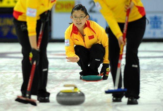 王冰玉打疯了! 中国女壶11-3复仇韩国夺冠