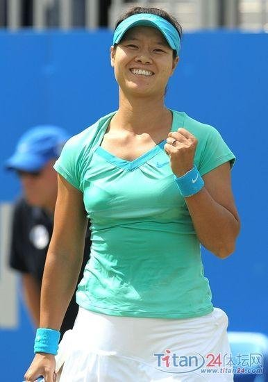 WTA年度颁奖:李娜入围最受欢迎 郑洁三项候选