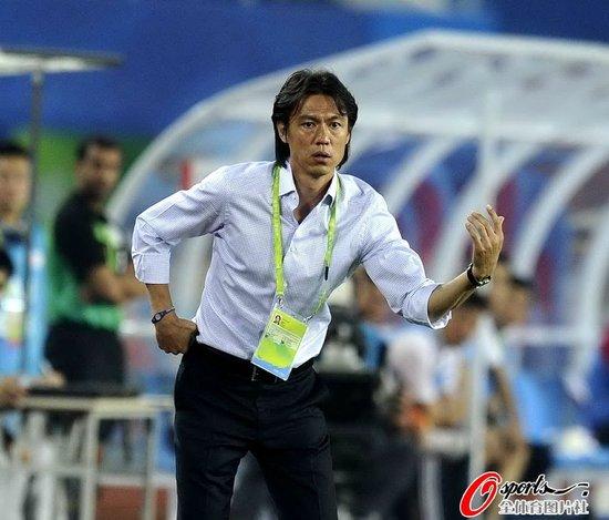 洪明甫讥讽中国球迷:最后他们在为韩国加油