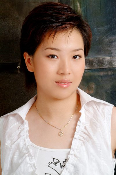 乒乓健将李晓霞 偶像美女陈慧琳 爱哭爱闹假小子