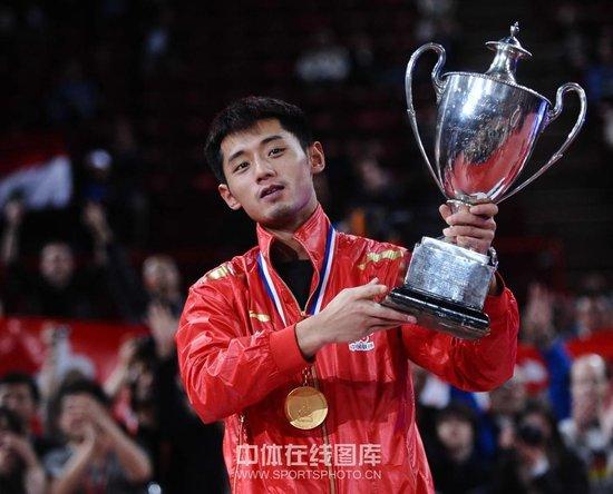 张继科四救局点4-2击败王皓 世乒赛男单卫冕