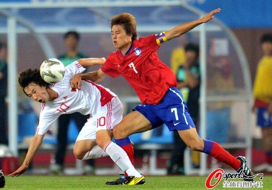 韩媒:三进球让中国队丢魂 中国足球继续恐韩
