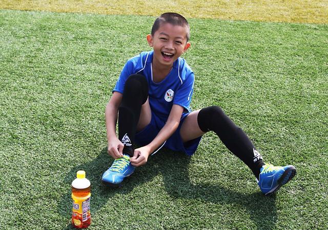 【看台】巴萨足球理念的中国试验田