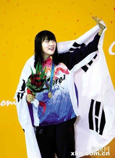 韩国泳将郑达莱成明星 因为无厘头所以可爱