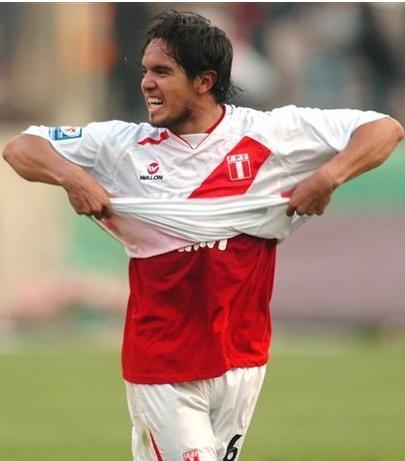 秘鲁公布美洲杯名单:两将缺席巴尔加斯领衔