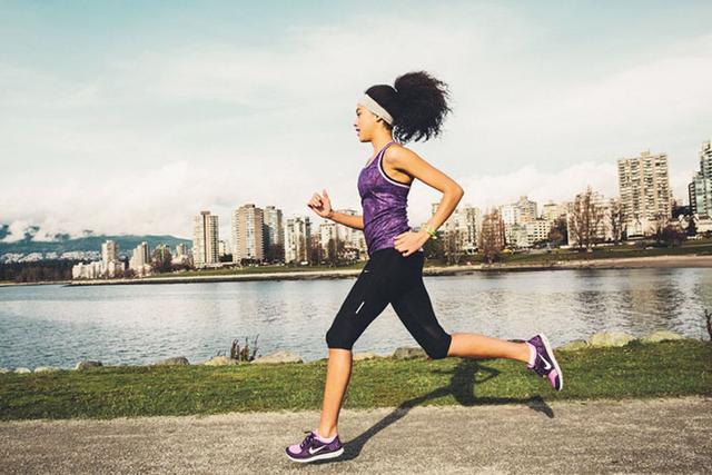 前脚掌与脚跟哪个先着地?长跑短跑要求不同