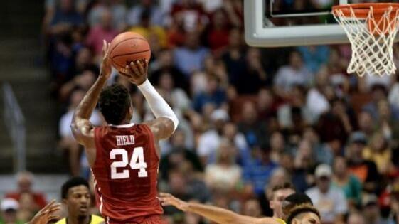 NCAA疯狂三月四强全部产生 冠军归属仍具悬念
