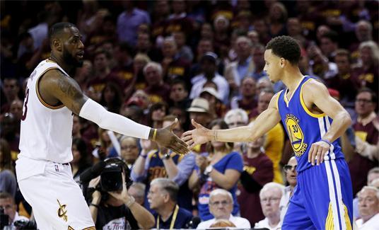 4场砍148分比肩乔丹 库里取代詹皇成NBA第一人