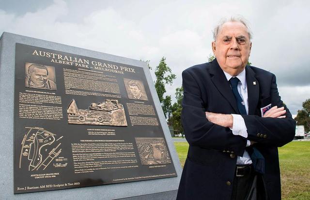 前F1名宿去世享年88岁 曾驾自己名字赛车夺冠