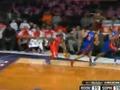 视频:全明星新秀赛 菲尔兹折线强突追身上篮