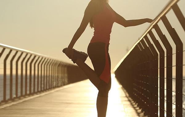 5项跑者最易犯的拉伸错误 受伤腿粗也许因为它