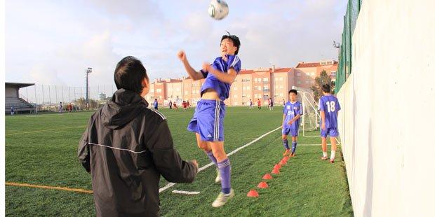 球员们参加中国希望之星队训练