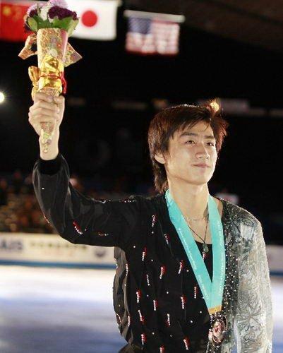 花样滑冰双人滑中国明星之宋楠