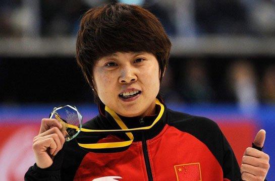 虽然王�鞲闯龊笞刺�不断提升,但谁也没料到她能在德国站的比赛中打破世界纪录