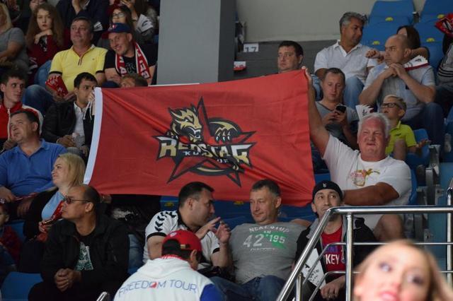 KHL鸿星客场喜迎两连胜 七连客任务将圆满完成
