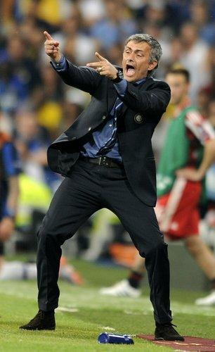 图文:欧冠决赛国米2-0拜仁 穆里尼奥已迷醉