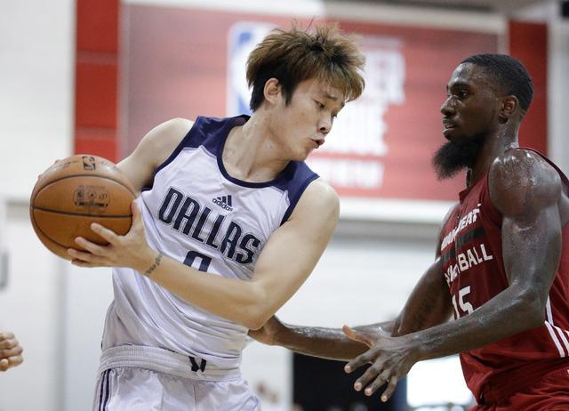 小丁获网友力挺:明年拿了CBA总冠军 再去NBA