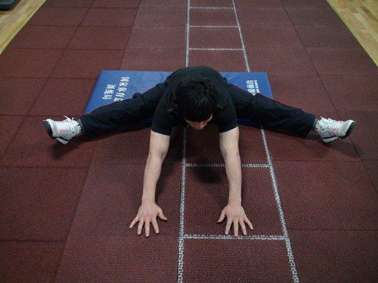 【运动保健】大腿肌肉拉伤 康复预防很重要