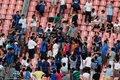 视频:米兰球迷闯国米阵营 遭围攻红黑衫被扒
