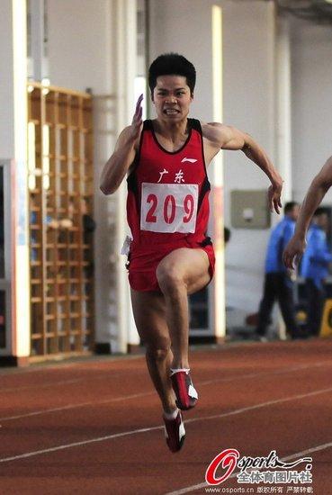 苏炳添破男子60米全国纪录 成绩可进世界前8