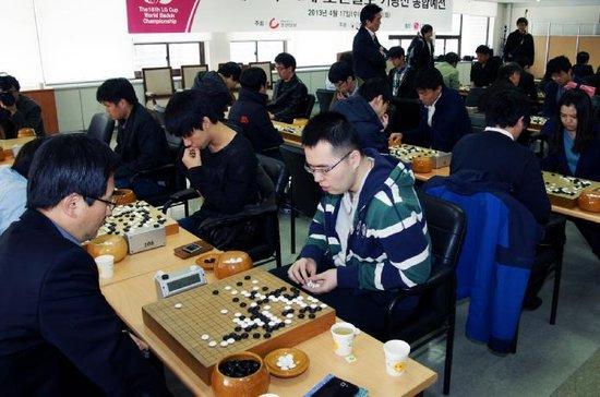 LG杯中国30位棋手晋级第四轮 95后表现出色