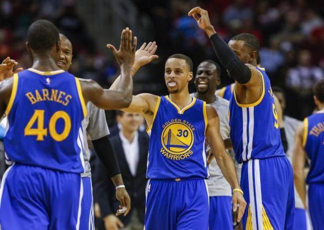 勇士总结:73胜成NBA新标杆 目标冲击两连冠