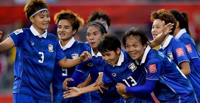 女足世界杯综述:加拿大新西兰闷平 泰国险胜