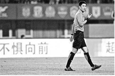 国足挣扎国哨提前无缘 俄世界杯将无中国裁判