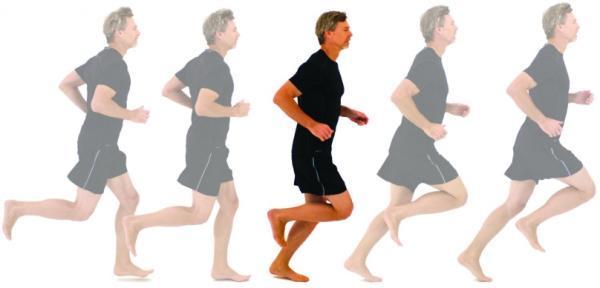 正确的跑步姿势分解图 八成跑者受伤是自己作的 换个
