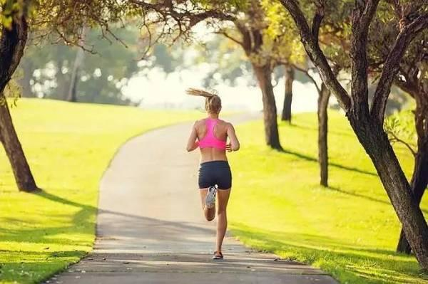 跑步是人生唯一答案 是不停歇追寻自我的旅程