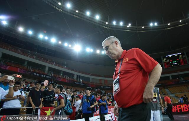 女篮特殊防守针对日本头牌 主帅称经验是短板