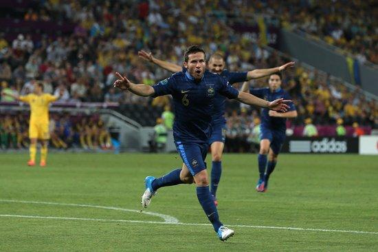 欧洲杯英格兰逆转瑞典 程菲微博答谢众人祝福