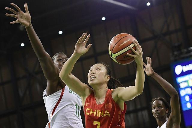 象牙塔中走出女篮一姐 三级跳的邵婷追梦WNBA