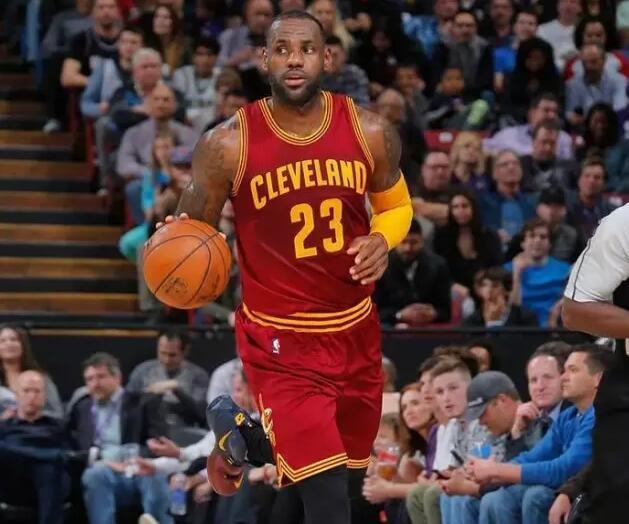 NBA正将嘻哈文化赶尽杀绝 艾弗森式装束难再现
