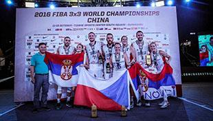 最幸福时刻!3X3男女篮世界冠军欢庆胜利(图)