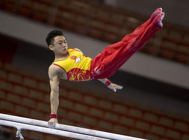 世锦赛中国收第二金!邹敬园双杠超高分折桂