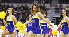 高清:篮球宝贝青春靓丽 激情热舞身材吸睛