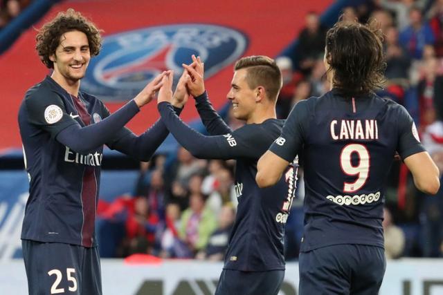 法甲-巴黎1-1憾平卡昂 卡瓦尼助攻悍将破僵局