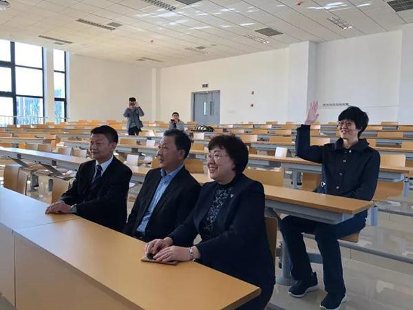 郎平来了!中国排球学院在天津体育学院揭牌