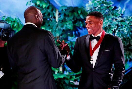 Michael Jordan大讚威少忠誠:我不是批判那些「不在這里的人」-Haters-黑特籃球NBA新聞影片圖片分享社區