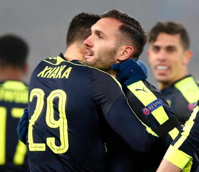 欧冠-阿森纳4-1大胜头名晋级 佩雷斯帽子戏法