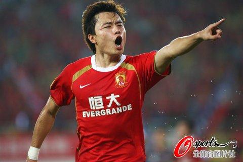 广州2-0山东平中超不败纪录 郜林吴坪枫建功