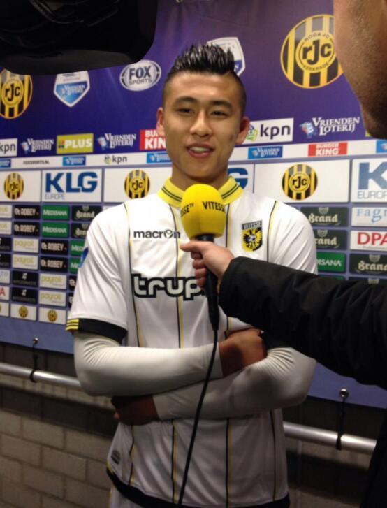 张玉宁:进球对我来说是一个礼物 还想看一遍