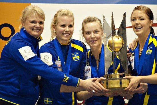 冰壶世锦赛瑞典7-5加拿大 最后一局偷分夺冠