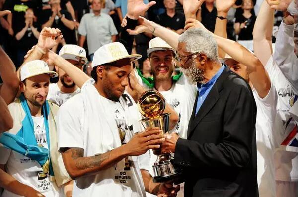 NBA局内人:马刺暗藏一高人 引发多队高薪挖角