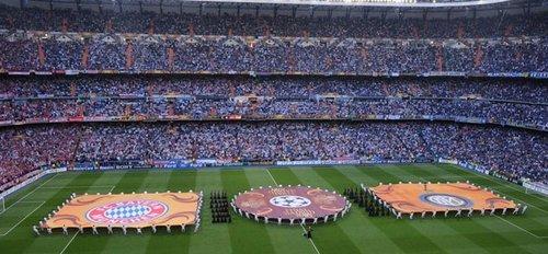 图文:欧冠决赛国米VS拜仁 两队入场仪式